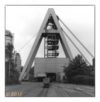 Chevalement pyramidal du puits n°8, Bergwerk Auguste Victoria, Haltern-Freiheit, Ruhr, Deutschland, 2005 - argentique